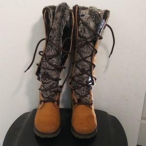 Timberland 91336 Tan Leather Women's boots Sz 6.5M
